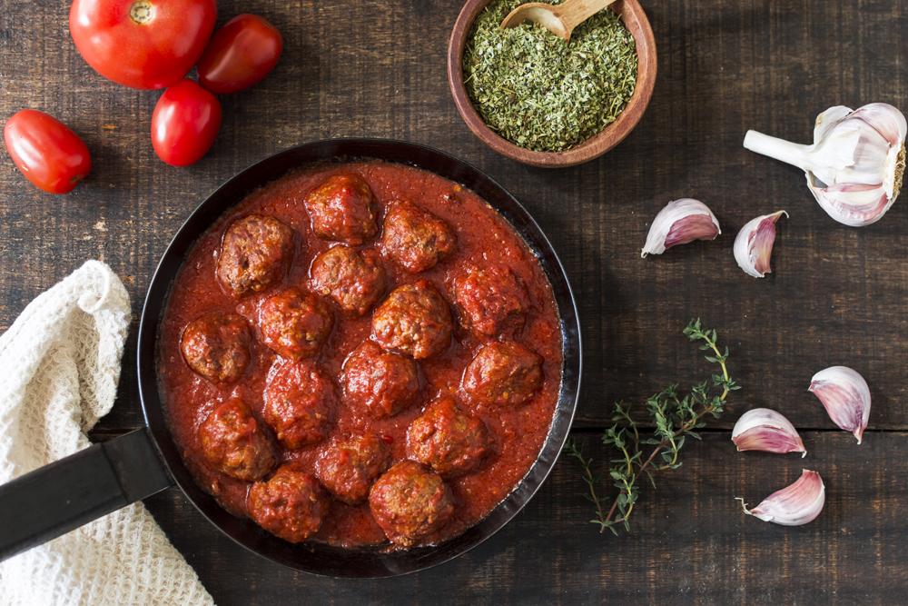 Recette de boulette de viande hachée à la sauce tomate bio